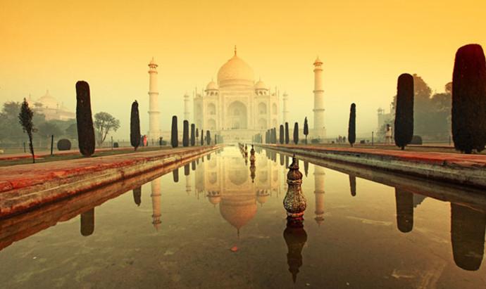 the Taj Mahal on a misty morning