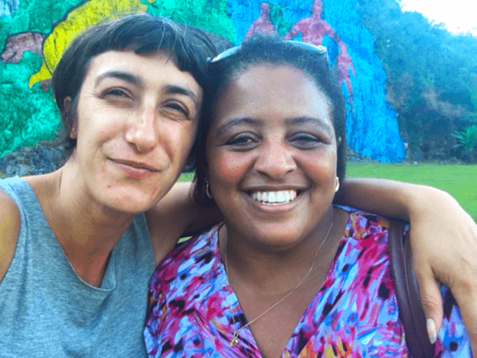 Anna and homestay host Marilys during their visit to Pinar del Rio