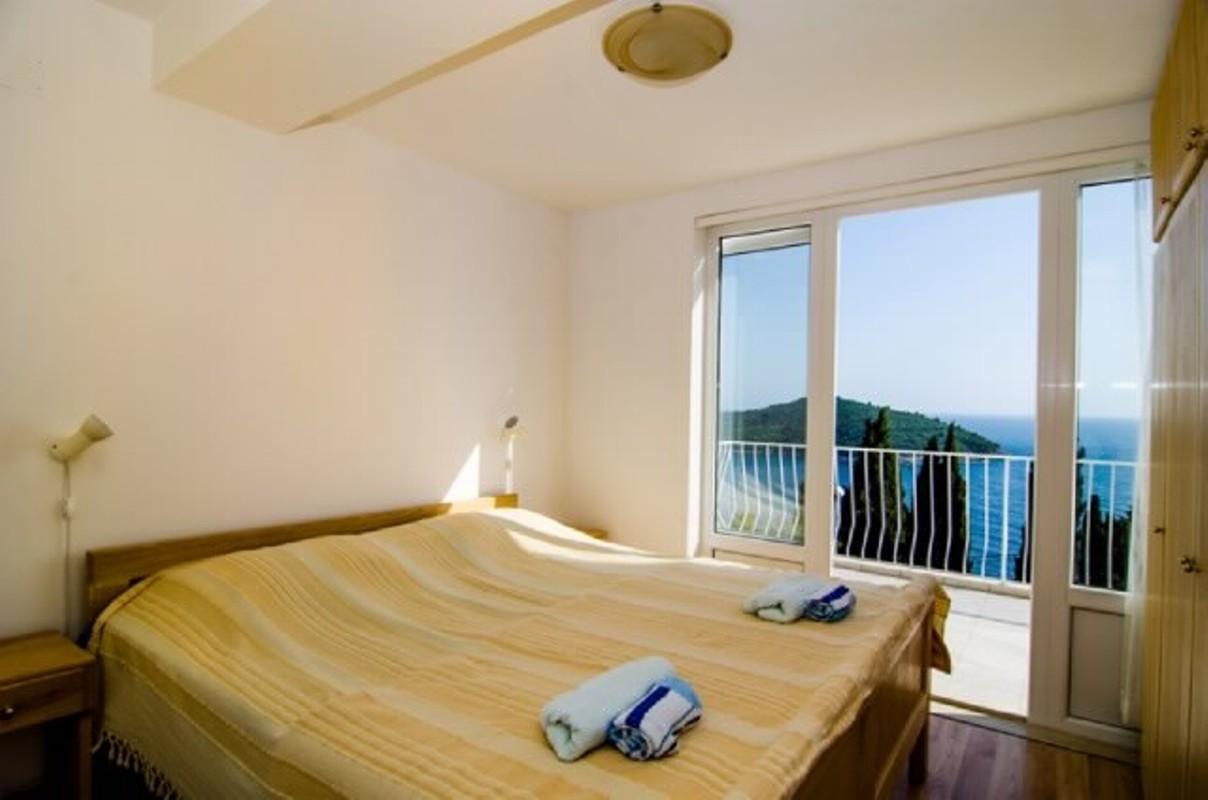 Apartment-2nd Floor