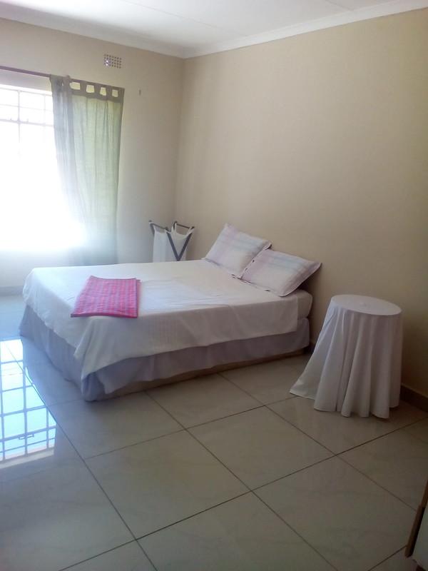 kims room 3