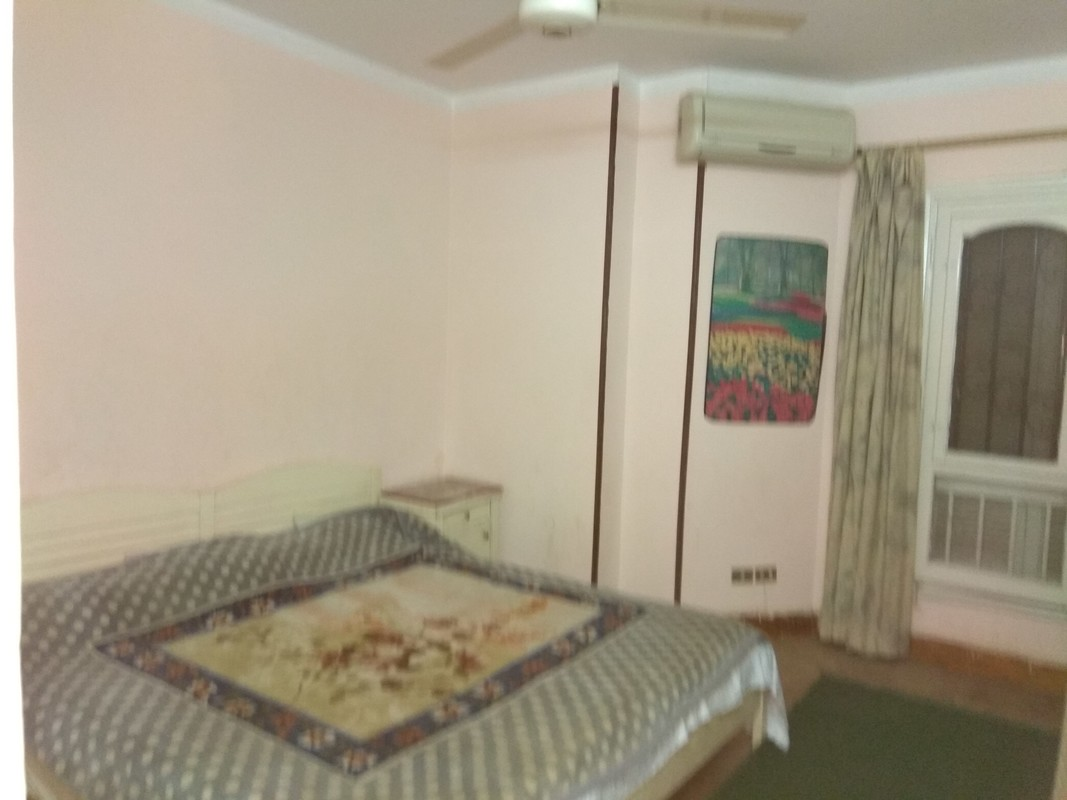 bed room and reception
