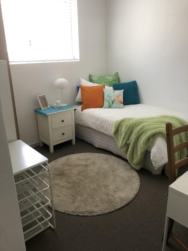 Room 2 - Tropical