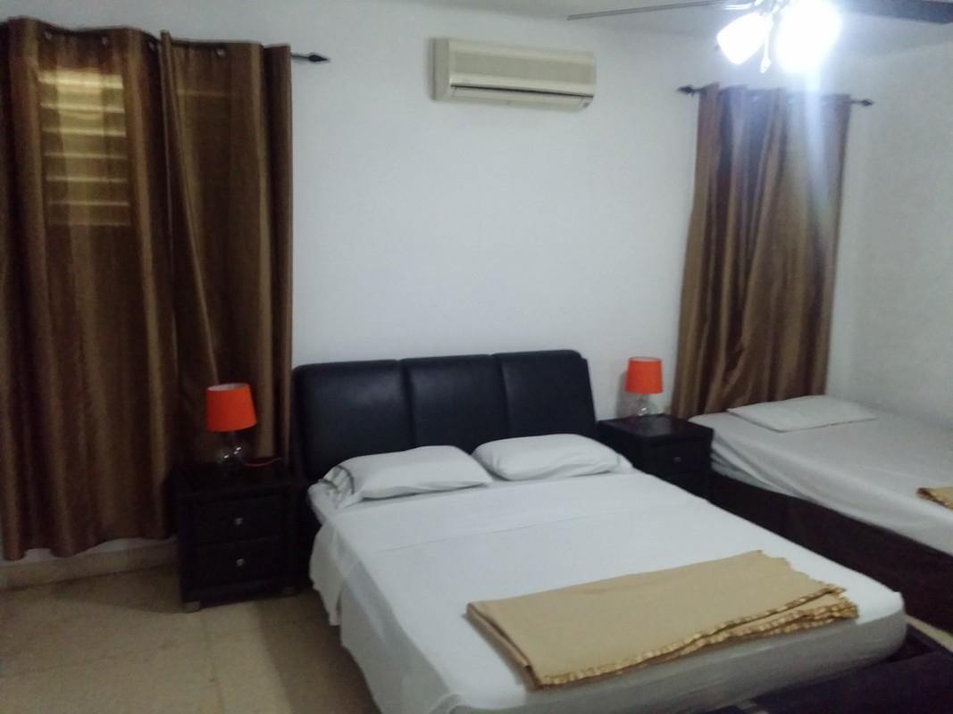 room 1 / triple