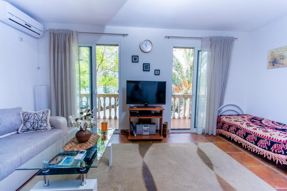 Apartment Upper Floor
