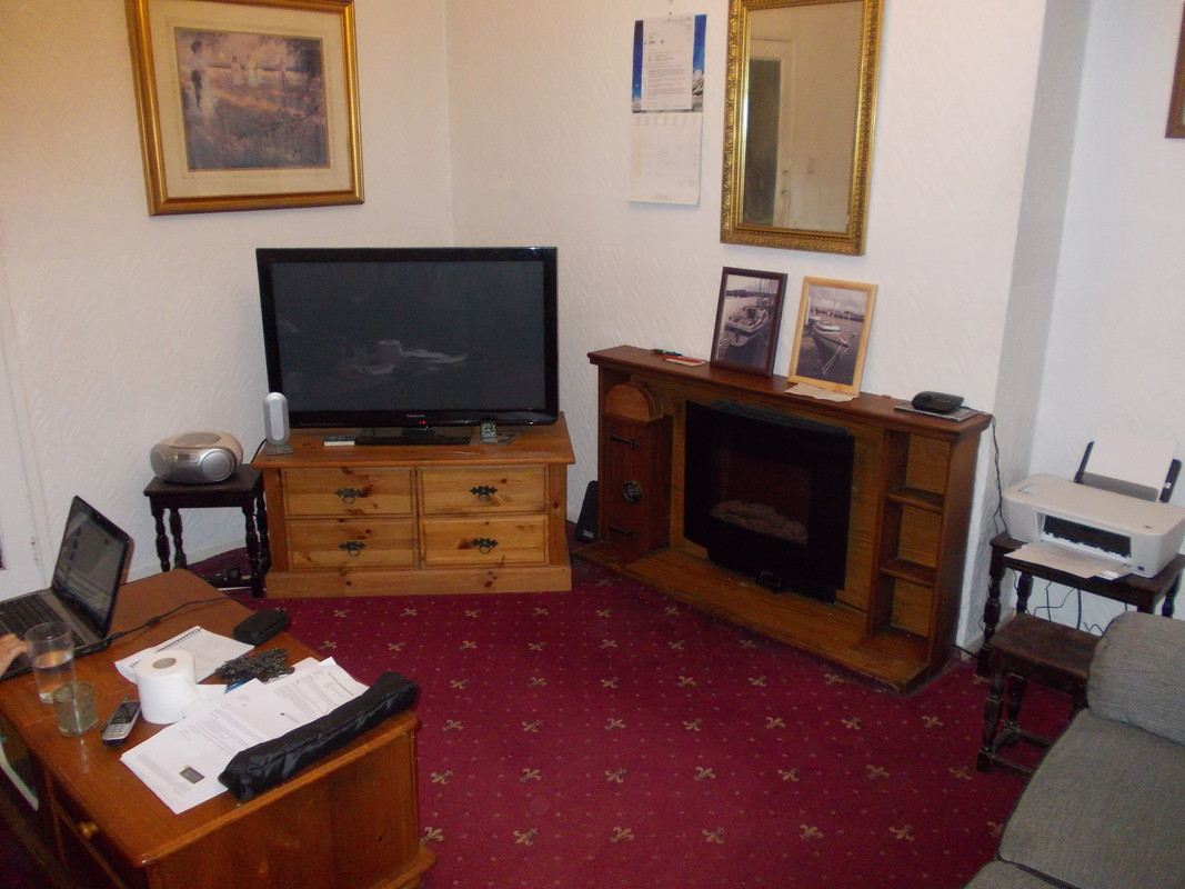 2 rooms to let in Bradford UK
