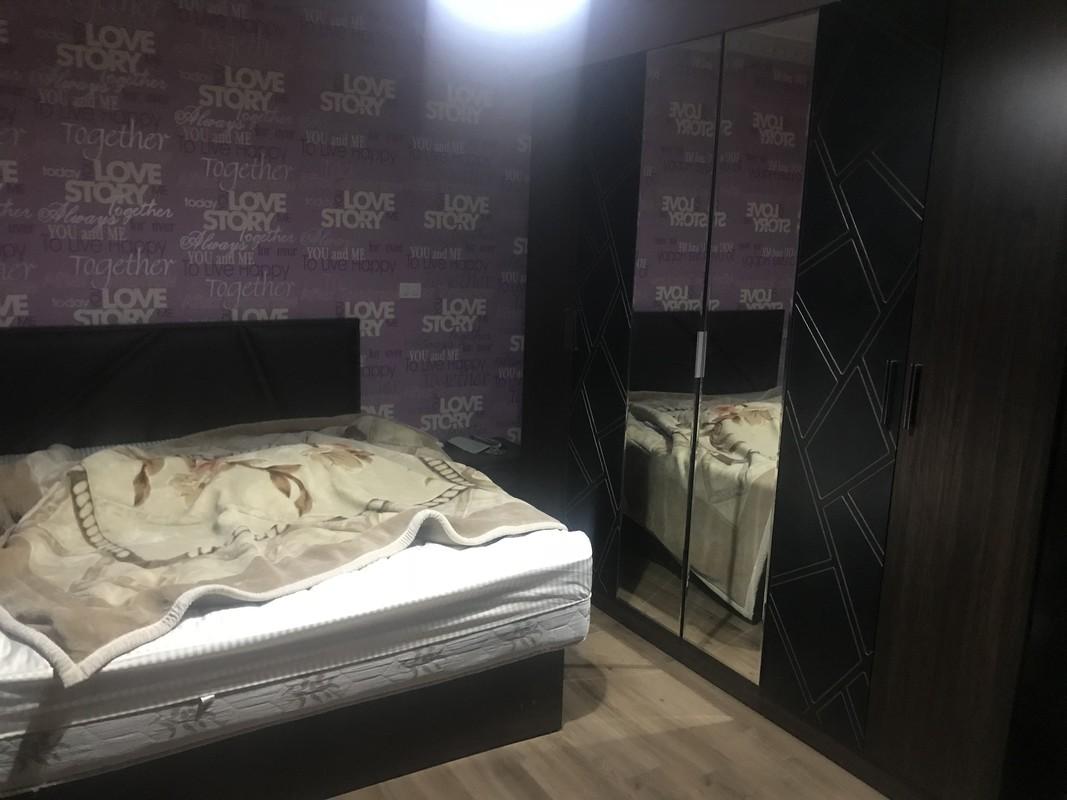 Room 1 master