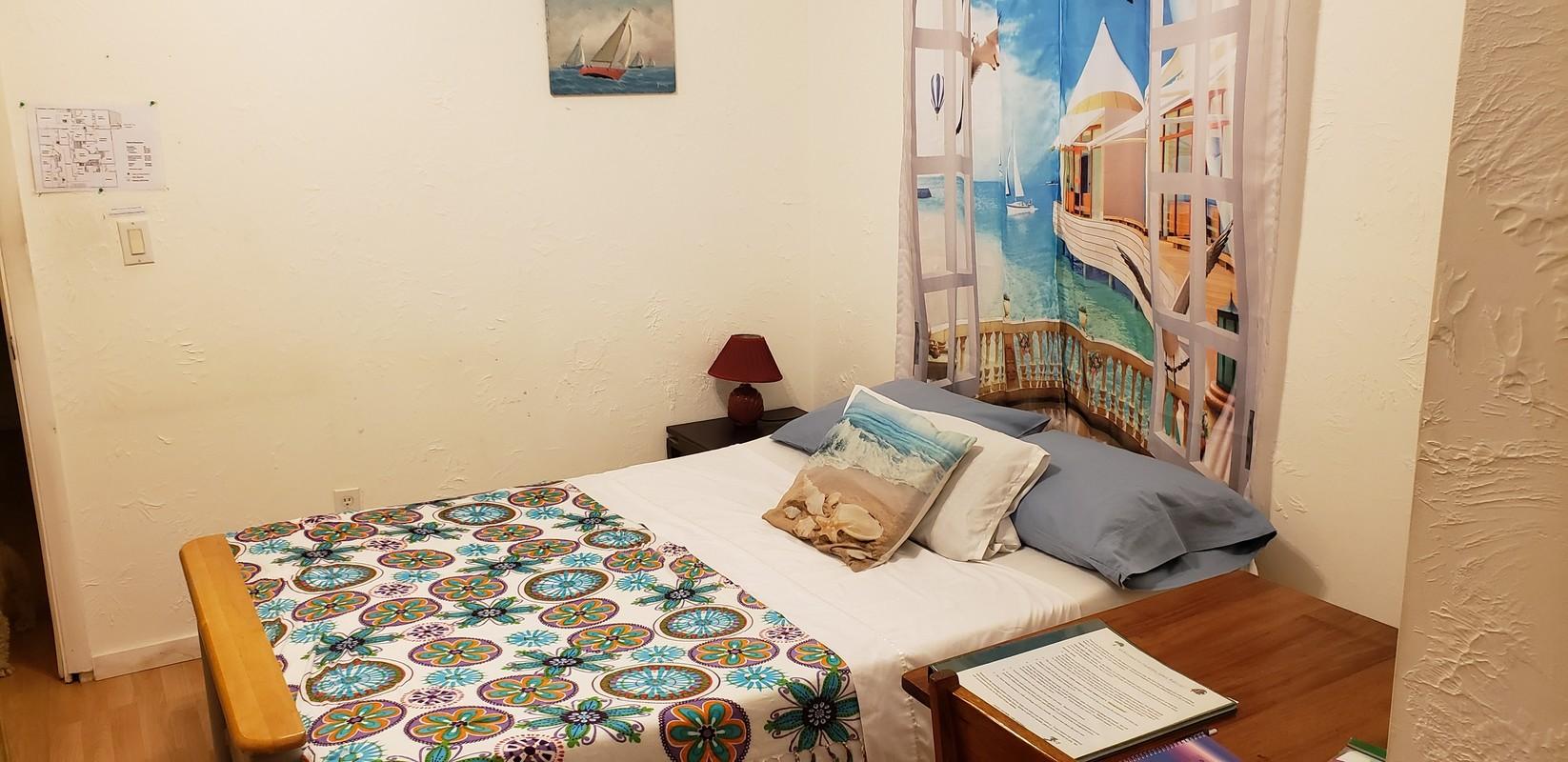 Grecian room