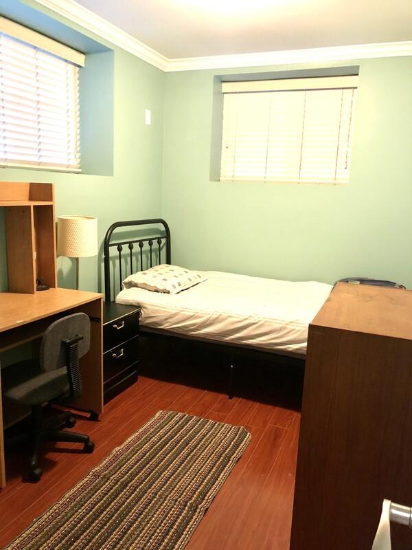 Cozy Nice room in basement