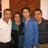 Famiglia a Santiago de la Pena, Tuxpan, Mexico