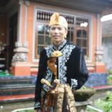 Familia anfitriona de Homestay Made en ubud, Indonesia