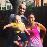Famiglia a Corsi Italia, toronto, Canada