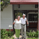 Costa RicaSan Jose - Escazu - San Antonio de Escazu的Juanita & Leroy寄宿家庭