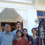Gastfamilie in Near Raj Kamal Apartment, Shanti Niketan Colony, Udaipur, India