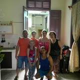 CubaEs un buen vecindario con vecinos, agradables , Camagüey 的房主家庭