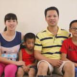 Famiglia a Near Airport, Hanoi, Vietnam