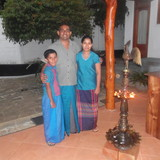 Sri LankaHalloluwa, Kandy的房主家庭