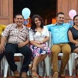 Famiglia a Iglesia Guadelupe, León, Nicaragua