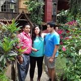 Famiglia a Aldea San Lorenzo el Tejar . El Jardín del Encanto., Pastores , Guatemala