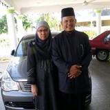 Familia anfitriona en Semabok, Melaka, Malaysia