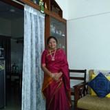 Famille d'accueil à Mahalaxmi Metro Station, Bangalore, India