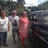 Familia anfitriona en Reparto zayas , Holguín, Cuba