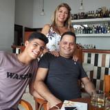 Famiglia a Miramar, Miramar, Cuba