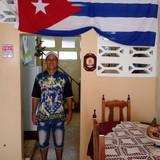 CubaCentro de la ciudad, Baracoa的房主家庭