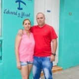 Famiglia a centro de la ciudad, Baracoa, Cuba