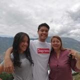 Famiglia a Norteamérica, Medellín, Colombia