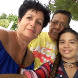 Familia anfitriona en Reparto Sueño, Santiago de Cuba, Cuba