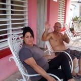 Familia anfitriona en viñales, Viñales, Cuba