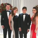 Familia anfitriona en cumbaya, Quito, Ecuador