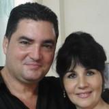 Familia anfitriona en AMISTAD #159 Y NEPTUNO, La Habana, Cuba