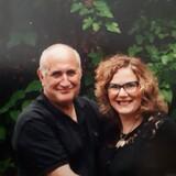 Famiglia a Bathurst & Wilson, Toronto, Canada